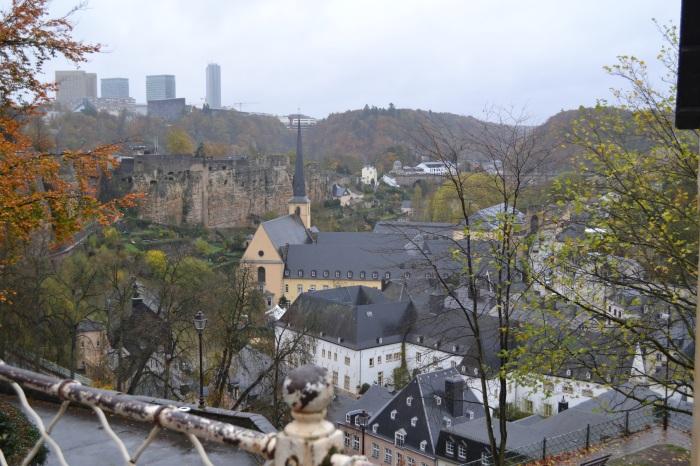Luxemburg stad: zicht op de benedenstad
