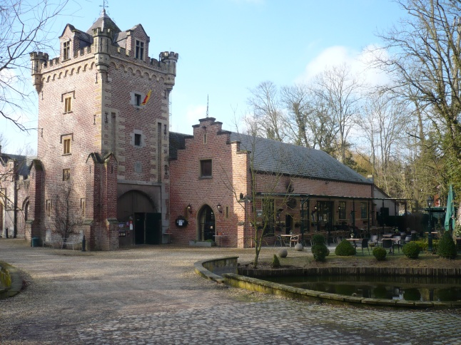 in Chateau de la Motte in Groot-Gelmen kregen we soep