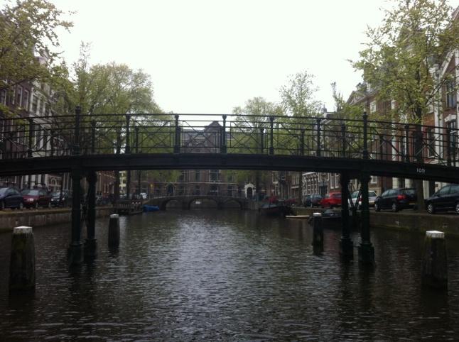 aan water en bruggen geen gebrek